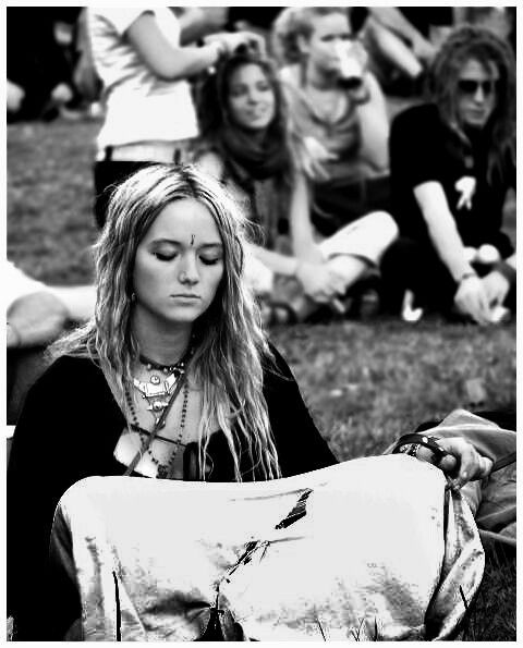 history of hippies and the counter This is the first history of the hippie it provides detailed analysis of the motivations and the experiences of hundreds of thousands of hippies who travelled.