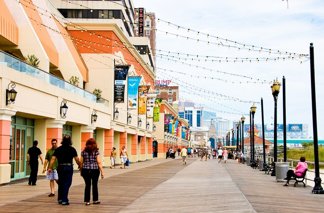 Atlantic-City-Boardwalk-New-Jersey