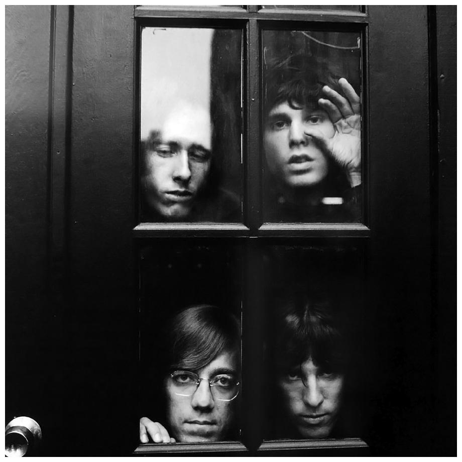 """Важнейшая Лос-Анджелеская группа """"Doors"""". Ниже """"End of the Night"""""""