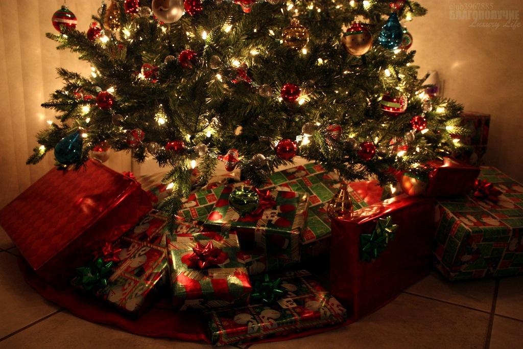 Подарки на рождество фото